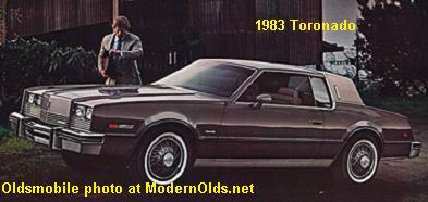olds-toronado-1983